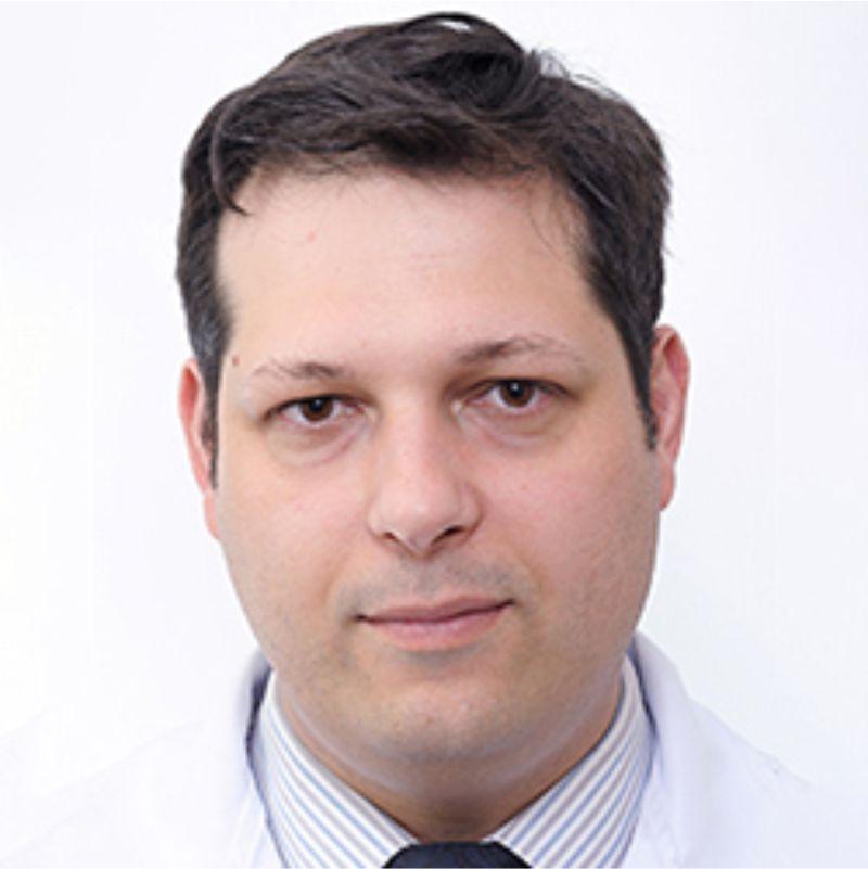 Dr. Rafael Souza Moraes CRM 19604   Otorrinolaringologista