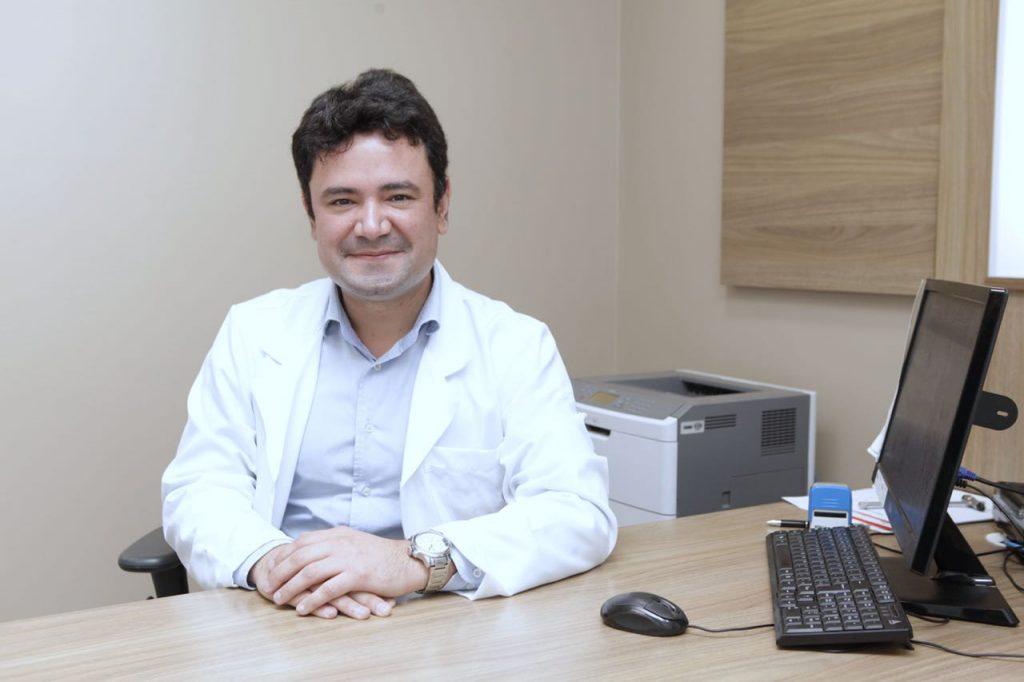 DR. RODRIGO BOECHAT - CRM 20072 | Os Ortopedistas e Traumatologistas mais buscados em Curitiba no Jardim Social - ACESSOMEDICO.com