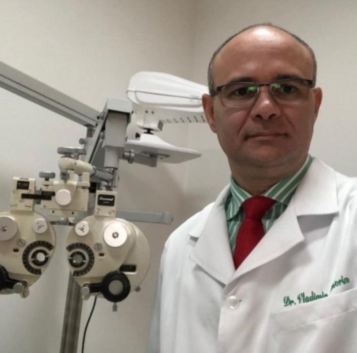 DR VLADIMIR DE AMORIM MACHADO    CRM 20294   RQE 225265   Oftalmologista